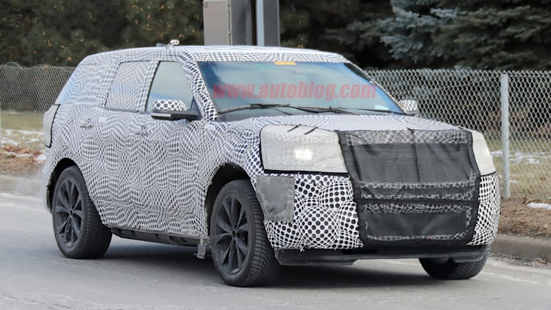 a disguised ford explorer that is likely a high performance st version was spotted testing. Black Bedroom Furniture Sets. Home Design Ideas