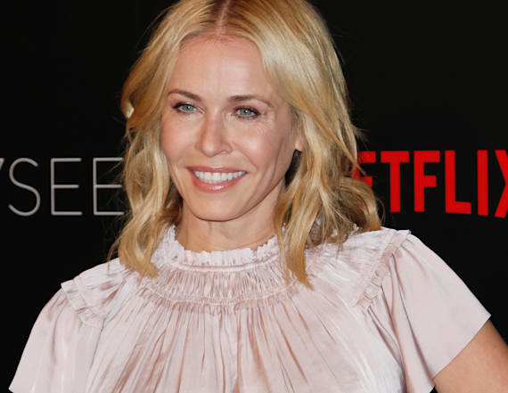 Chelsea Handler urges Melania to 'make a run for it'