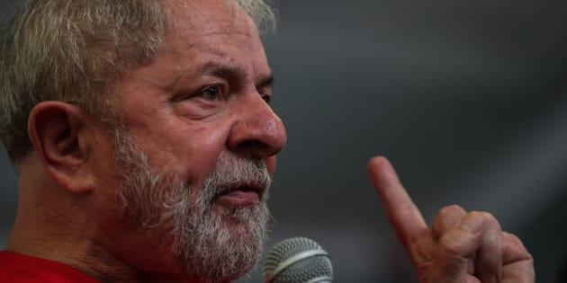 El expresidente brasileño Luiz Inácio Lula da Silva, durante un mitin ante trabajadores del metal en Sao Bernardo do Campo, este miércoles.