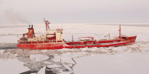 Russian-flagged tanker Renda transits through broken Bering Sea ice in this January 9, 2012 handout photo. U.S. Coast Guard Cutter Healy is escorting the Renda as it carries more than 1.3 million gallons of fuel to help the residents of Nome make it through the winter. REUTERS/U.S. Coast Guard/Handout  (UNITED STATES - Tags: TRANSPORT ENVIRONMENT MILITARY MARITIME) FOR EDITORIAL USE ONLY. NOT FOR SALE FOR MARKETING OR ADVERTISING CAMPAIGNS. THIS IMAGE HAS BEEN SUPPLIED BY A THIRD PARTY. IT IS DISTRIBUTED, EXACTLY AS RECEIVED BY REUTERS, AS A SERVICE TO CLIENTS