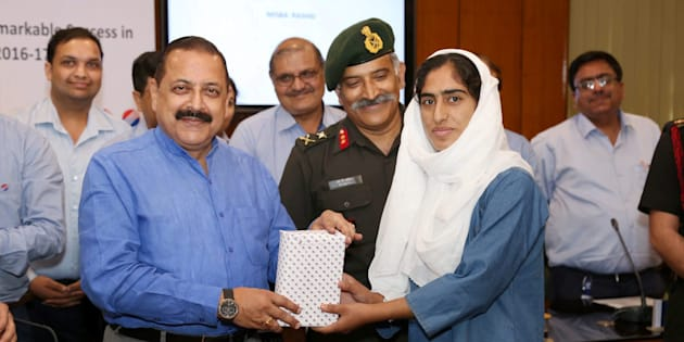 Minister of State for Development of North Eastern Region (I/C), Prime Minister's Office, Personnel, Public Grievances & Pensions, Atomic Energy and Space, Jitendra Singh felicitating the students from Jammu and Kashmir who have qualified for the IITs/NITs/Regional colleges in New Delhi on Tuesday.