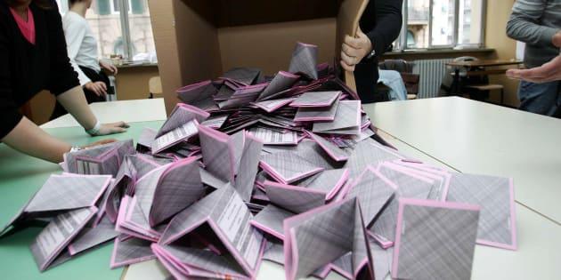 Elezioni, l'anatema di Bassolino: