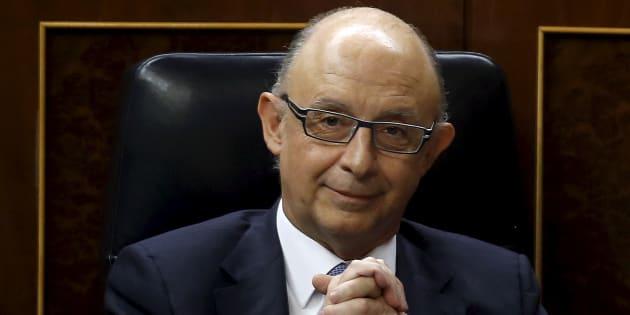Cristobal Montoro, ministro de Hacienda, en el Congreso. REUTERS/Andrea Comas