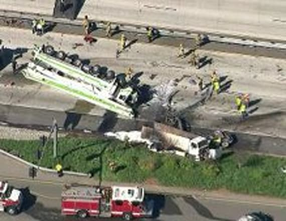 At least 5 killed in fiery freeway crash