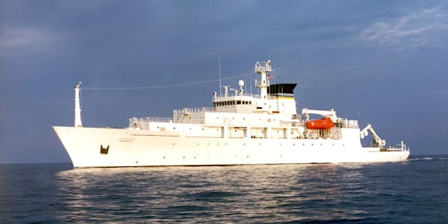 China says it has returned an underwater drone taken from theSouth China Sea after it was deployed by theoceanographic survey ship, USNS Bowditch.