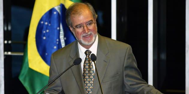 Ex-governador de Minas, ex-prefeito de Belo Horizonte, ex-senador e ex-deputado, Azeredo é o primeiro tucano de alta plumagem aterde acertar em presídio as contas com a Justiça.
