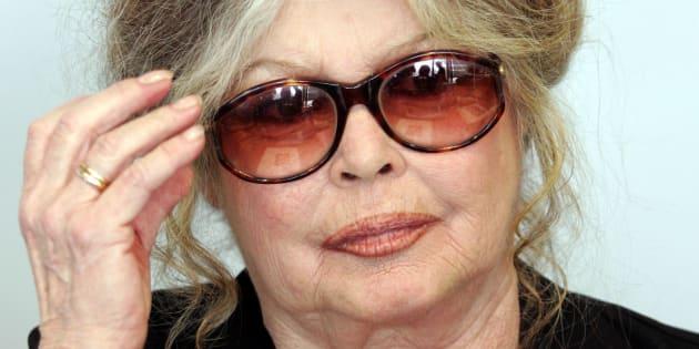 """Cause animale: Brigitte Bardot étrille les """"émissions de merde"""" Koh-Lanta et Actuality"""