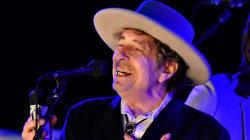 Ce week-end, Bob Dylan reçoit (enfin) son Nobel de