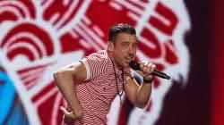 I bookmaker scommettono sulla vittoria di Gabbani all'Eurovision. E Renzi fa il tifo per il cantante