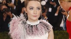 Saoirse Ronan a de l'acné dans «Lady Bird» et ça fait