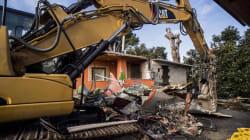 Villette Casamonica, venti sgomberati tentano di forzare l'area di sicurezza: aggrediti i