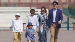 Trudeau et sa famille visitent le Taj