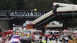Un train déraille aux États-Unis et une voiture tombe sur une