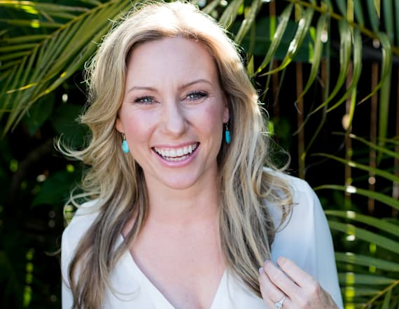 Officer who shot Justine Damond charged with murder