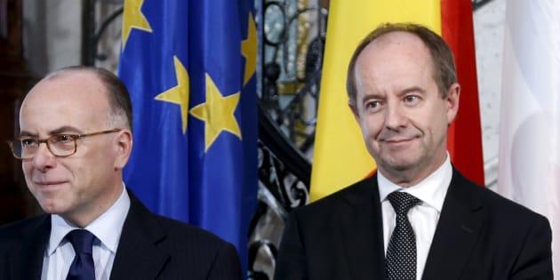 Bernard Cazeneuve et Jean-Jacques Urvoas, en février 2016.