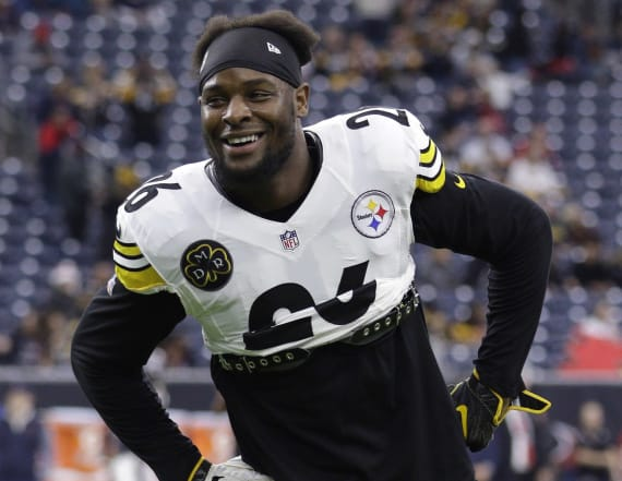 Le'Veon Bell channels MLK Jr.: 'Free at last'