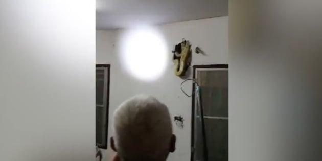 Il a entendu un bruit dans ses murs. Ce qui s'y cachait va vous donner des cauchemars