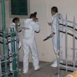 Orrore nel Mugello: uccide a coltellate il figlio di un anno in braccio alla