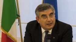 Dopo sei mesi il Governatore D'Alfonso sceglie la poltrona: