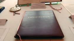 Les députés ont profité de la révision de la Constitution pour corriger une faute vieille de 60