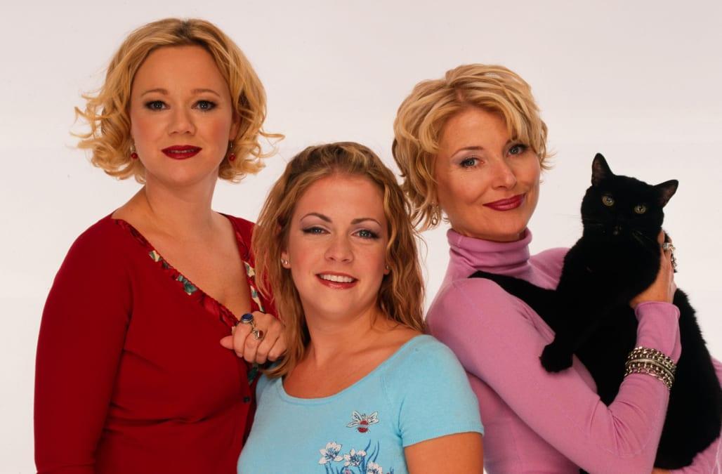 Original 'Sabrina the Teenage Witch' cast reunites -- and ... Sabrina The Teenage Witch
