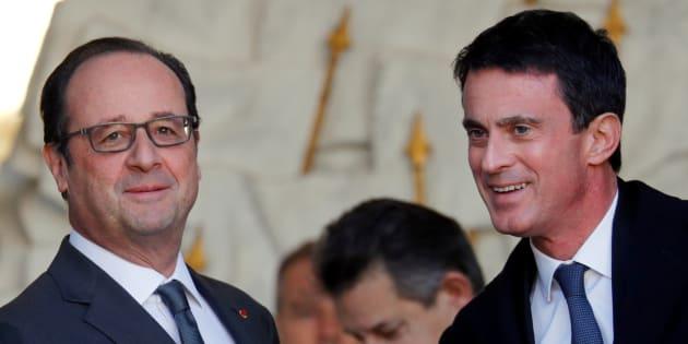 Francois Hollande et Manuel Valls à la sortie du conseil des ministre, le 30 novembre 2016. REUTERS/Philippe Wojazer