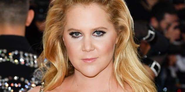 NEW YORK, NY - MAY 02:  Amy Schumer attends the 'Manus x Machina: Fashion in an Age of Technology' Costume Institute Gala at the Metropolitan Museum of Art on May 2, 2016 in New York City.  (Photo by George Pimentel/WireImage)