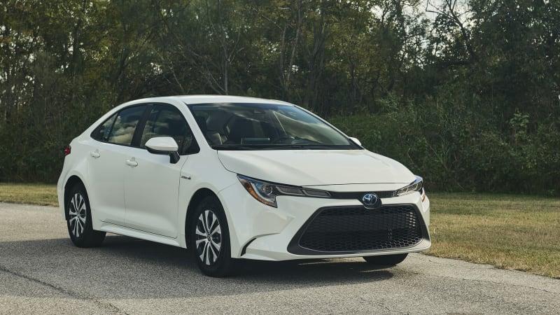 Toyota Extends Battery Warranty On 2020 Hybrids Autoblog