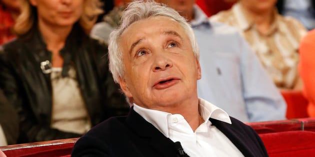 Michel Sardou invité de 'Vivement Dimanche Prochain' le 8 octobre 2014.