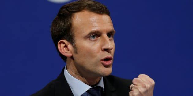 Emmanuel Macron en meeting à Lille, le 14 janvier 2017. REUTERS/Pascal Rossignol