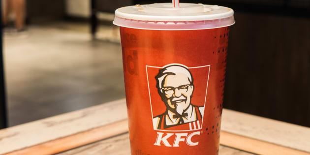 Chez KFC, comme dans la plupart des enseignes de fast-food, les pailles en plastique sont rarement triées.