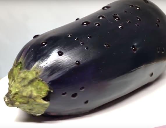 This eggplant cake looks hyper-realistic