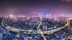 超急成長都市「深圳」で体験した「中国の現在」と「日本の未来」(上)--鈴木崇弘