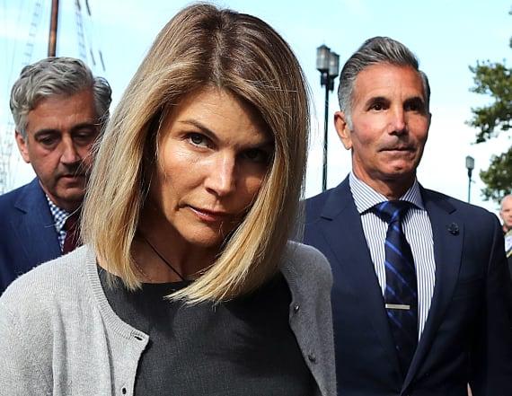Lawyers: New evidence backs Loughlin and Giannulli