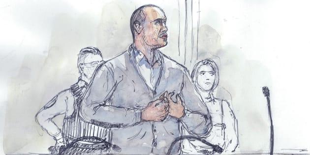 Un dessin de presse de Christophe Dettinger lors de son procès au palais de justice de Paris le 13 février 2019.