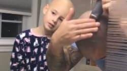 Questo padre ha deciso di fare a sua figlia affetta da alopecia il regalo di Natale più