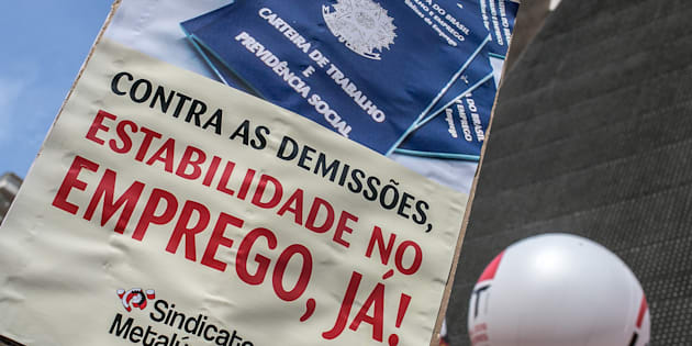 O presidente eleito Jair Bolsonaro anunciou na quarta-feira (7) a intenção de extinguir o Ministério do Trabalho.