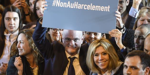 Brigitte Macron dans les pas de Melania Trump contre le harcèlement à l'école