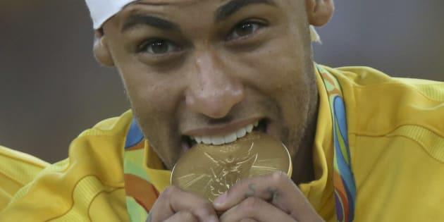 Voilà comment le transfert de Neymar au PSG pourrait rapporter plus de 300 millions à l'État