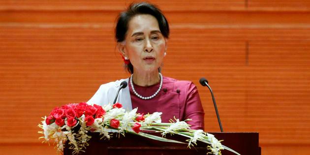 Aung San Suu Kyi s'adresse à la Birmanie, le 19 septembre.