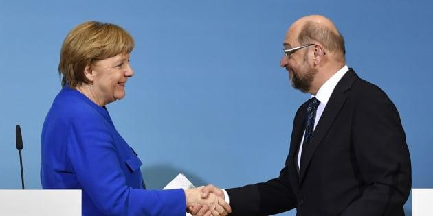 Spd, ok del congresso alla coalizione con la Merkel