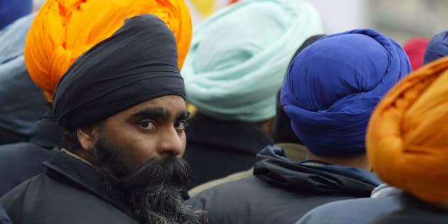 Cette exemption pour les Sikhs, qui portent un turban, entrera en vigueur ce 18 octobre (photo d'illustration).