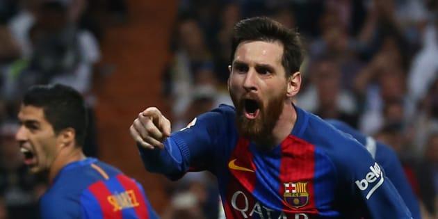 Messi s'offre son 500e but avec le Barça et crucifie le Real lors du Clasico.