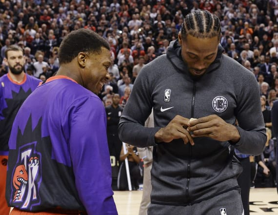 Kawhi has a middle finger on his championship ring