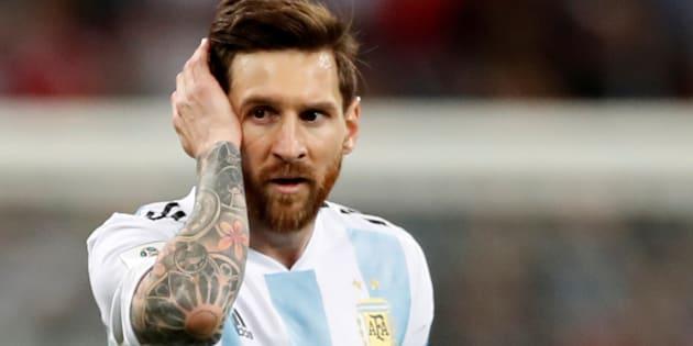 クロアチアとの対戦を終えたアルゼンチンのメッシ=6月21日、ロシア・ニジニノブゴロド