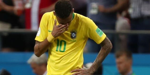 Neymar foi mal na Copa e está fora da lista dos 10 melhores que concorrem ao The Best, da Fifa.