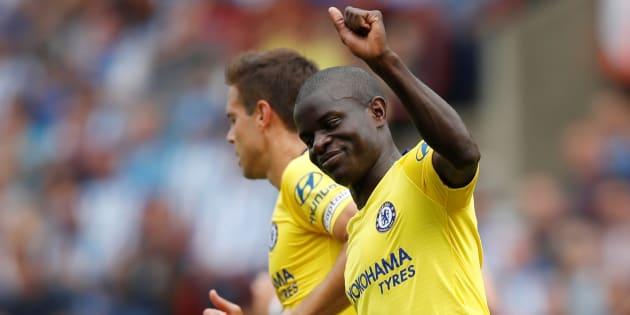 N'Golo Kanté fête son but lors d'Huddersfield-Chelsea en Premier League le 11 août 2018.
