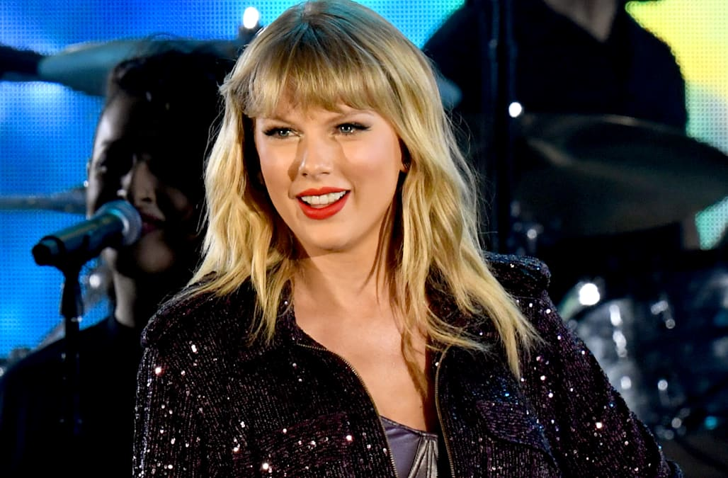 Biggest snubs and surprises of the 2020 Grammy nominations: Taylor Swift, Halsey and more - AOL