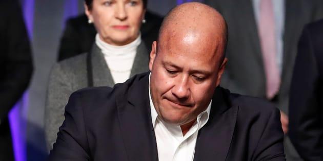 Enrique Alfaro rompe con el partido que lo llevó al poder y se acerca a su viejo amigo y rival, AMLO. REUTERS/Kamil Krzaczynski