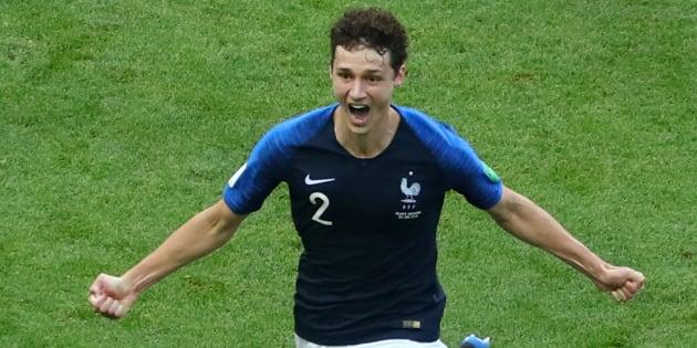 Gol de Benjamin Pavard en el partido entre Argentina y Francia.